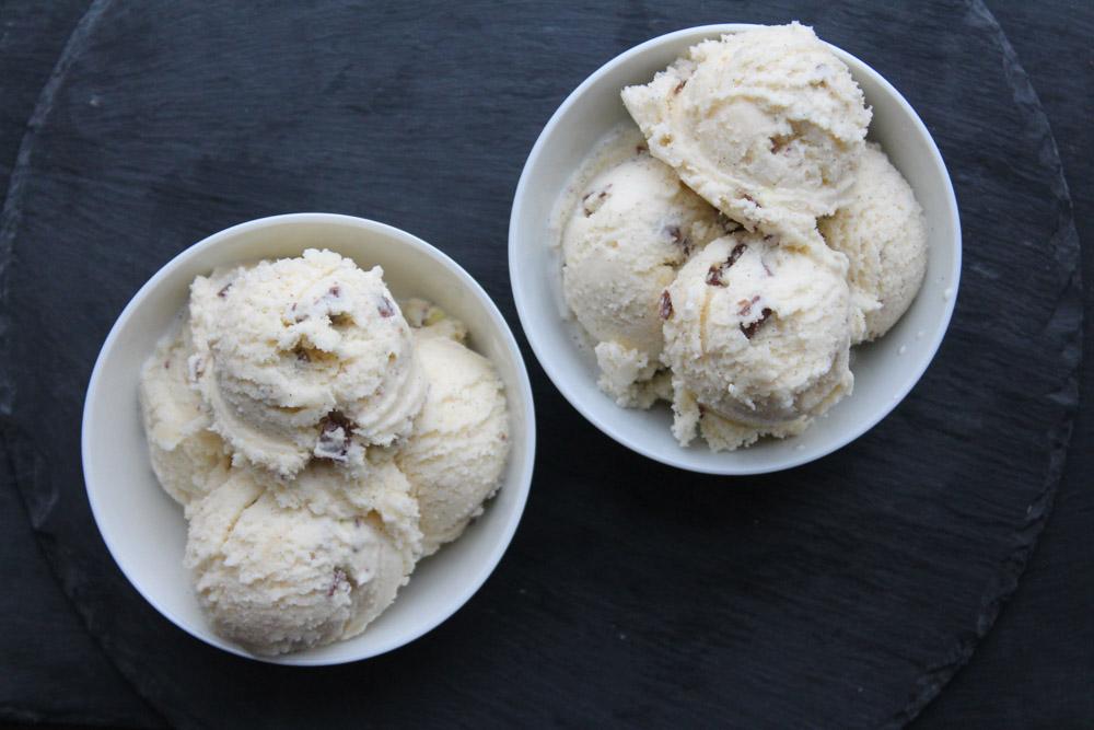Vanilla Gelato With Kinder