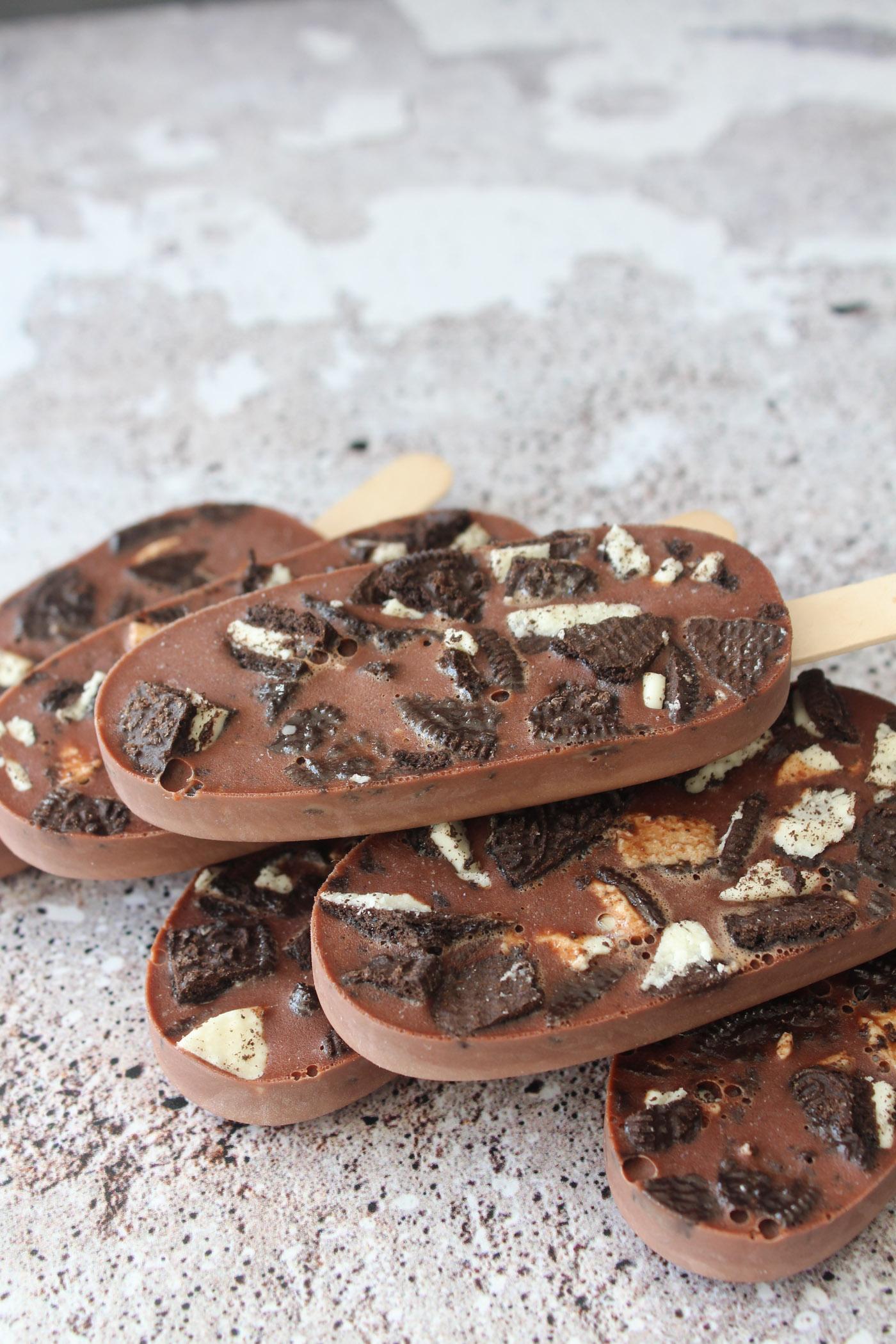 """Nutella og Oreo """"Fudgesicles"""" Ispinde"""