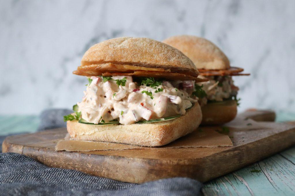 Kyllingesalat Sandwich