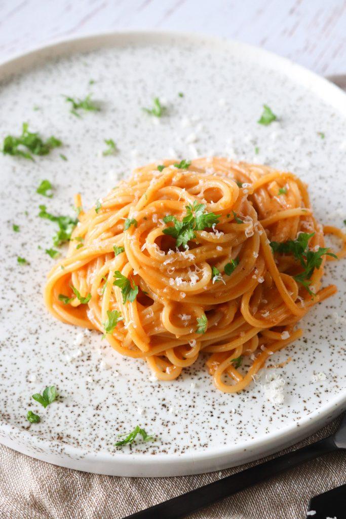 Vegetarisk One Pot Pasta Med Pesto