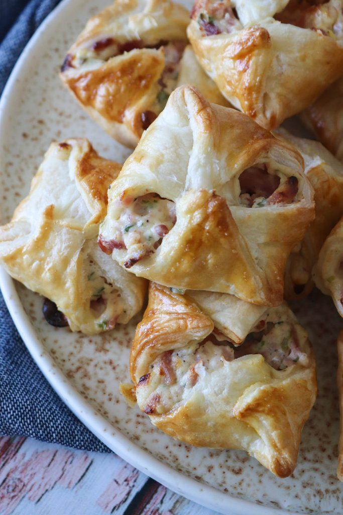 Butterdejspakker Med Skinke, Flødeost Og Bacon