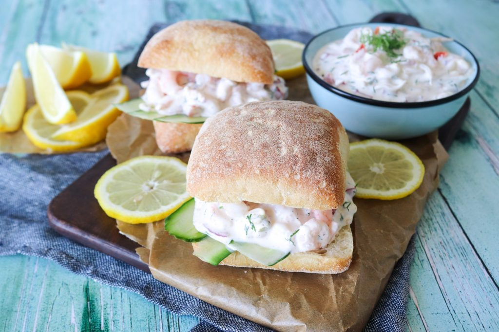 Hjemmelavet Rejesalat - Den Bedste Sandwich Med Rejesalat