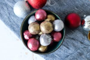 Konfekt Med Baileys Og Marcipan - Spiselige Julekugler - Juleslik