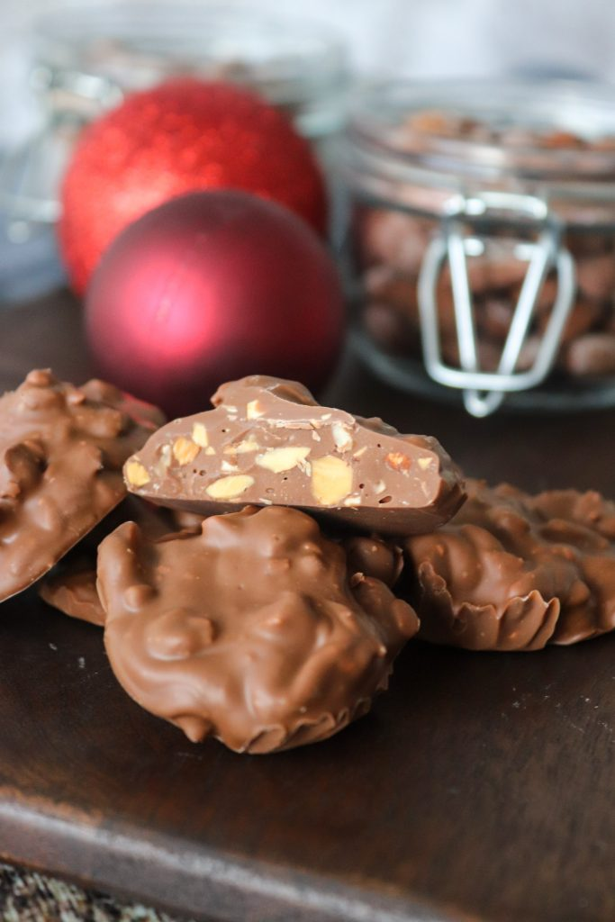 Juleslik Med Saltede Mandler Og Chokolade - Hjemmelavet Juleslik