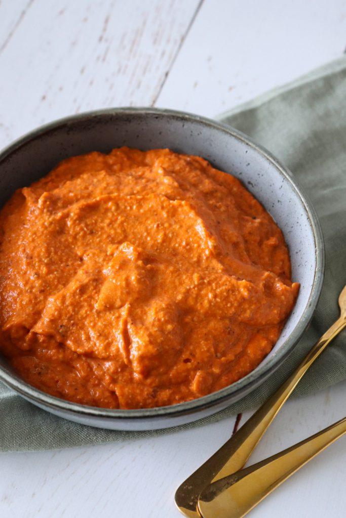 Hjemmelavet Romesco Sauce - Herlig Sauce Lavet På Bagte Peberfrugter