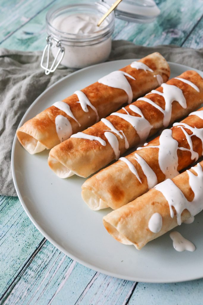 Skinkestang Inspireret Taquitos - Sprøde Tortillas Med Skinkestangsfyld