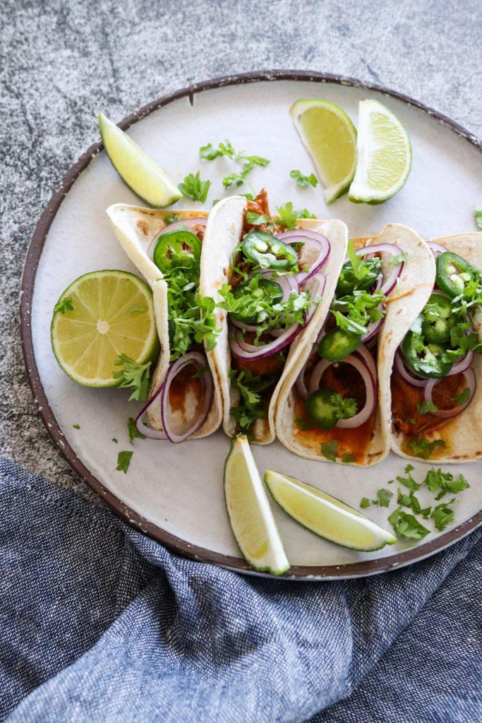 Braiserede Svinekæber - Bløde Tacos Med Svinekæber