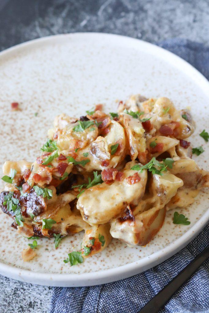 De Nemmeste Flødekartofler Med Bacon - Opskrift På Flødekartofler