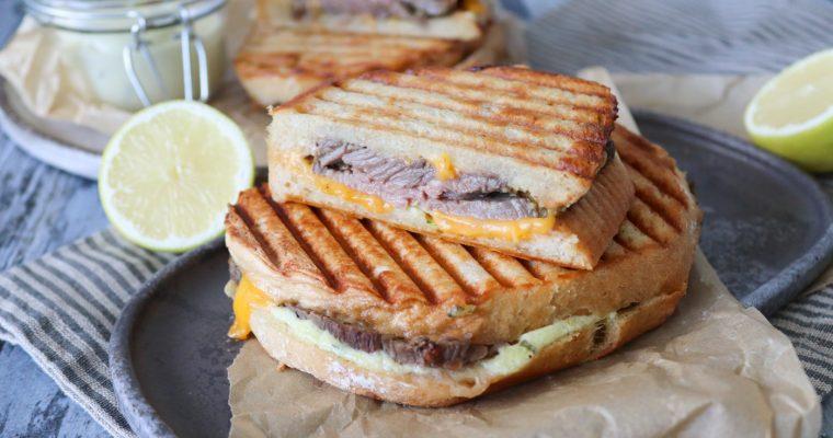 Toast Med Oksecuvette Og Bearnaisemayonnaise – Den Bedste Toast