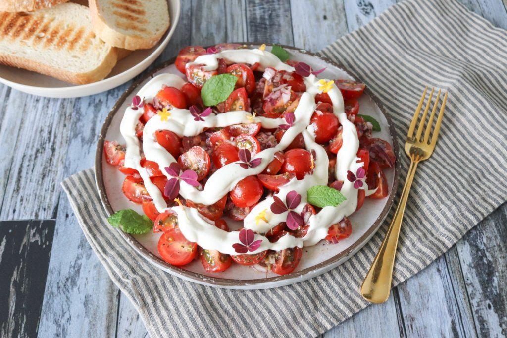 Tomatsalat Med Fetacreme - Marinerede Cherrytomater Med Feta