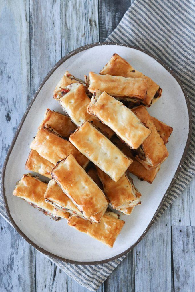 Kødsnitter Med Oksekød Og Flødeost - Butterdejshapsere
