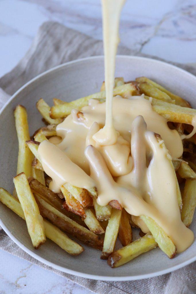 Ostedip - Den Bedste Ostesauce - God Til Cheese Fries
