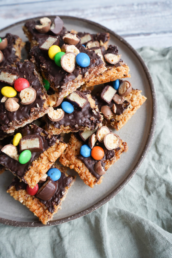 Havregrynskager Med Chokolade Og Hasselnødder