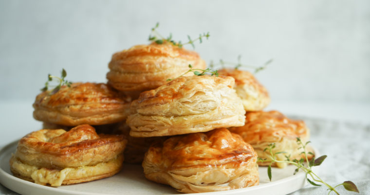 Butterdejshapsere Med Havarti og Bacon