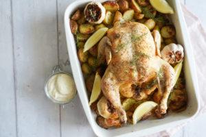 Helstegt Kylling Med Kartofler, Timan Og Citron