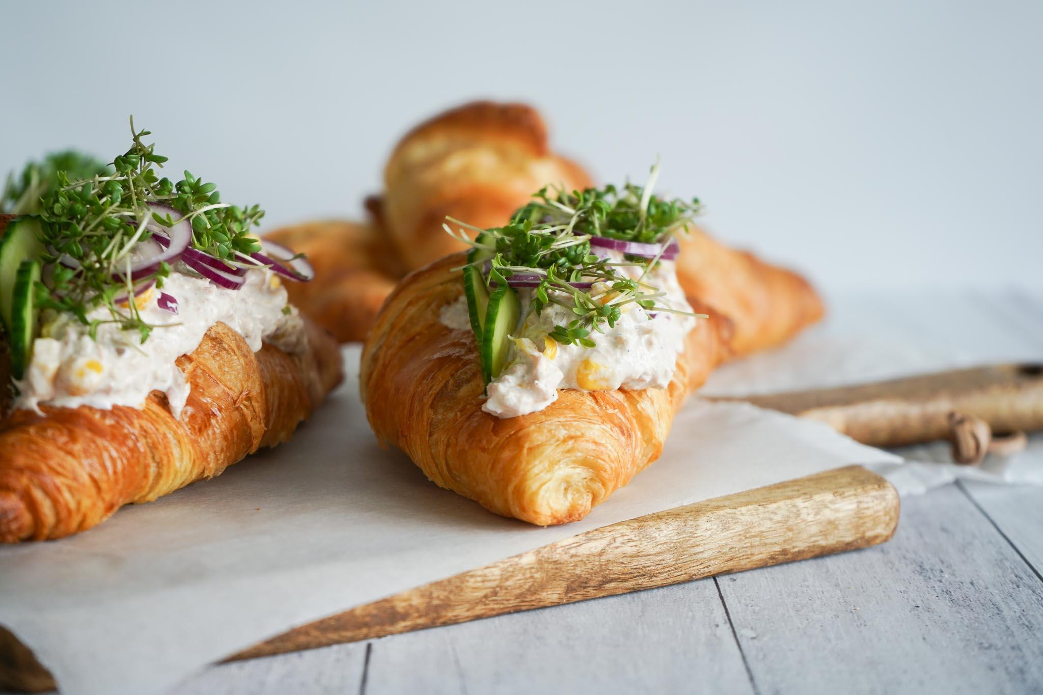 Croissanter Med Tunsalat